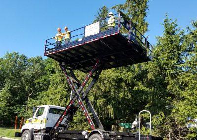 scissor-lift-truck-