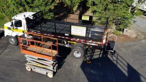 Scissor Truck Photos - Image Gallery