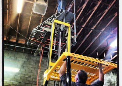 Scissor Lift Truck Hack 5